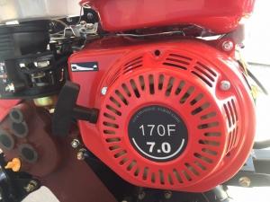 Мотоблок TATA TT-900М red (бензин, 7 л.с., 4.00-8, ремень, чугунный редуктор)